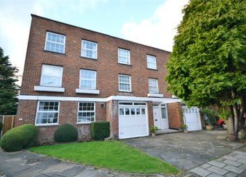 Thumbnail 5 bedroom terraced house to rent in Baxendale, London