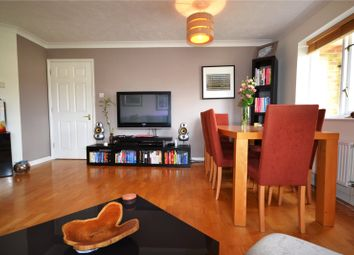 2 bed flat to rent in Myddleton Avenue, Manor House, London N4