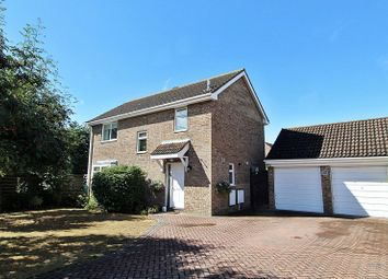 4 bed detached house for sale in Kittiwake Close, Biggleswade SG18