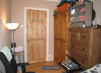 Thumbnail Room to rent in Manor Road, Romford