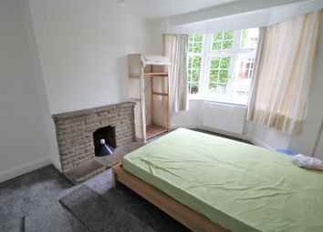 Thumbnail Room to rent in Buckhurst Way, Buckhurst Hill