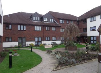 Thumbnail 1 bed flat to rent in Cobbinsbank, Waltham Abbey