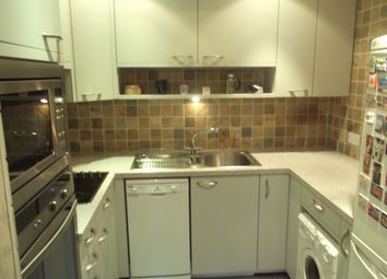 Thumbnail 1 bedroom flat for sale in Kingsway, Finchley
