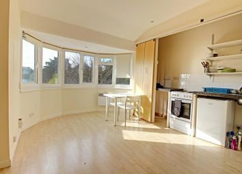Thumbnail Studio to rent in Arden Road, Finchley, London