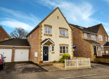 Thumbnail 3 bed detached house for sale in Fontwell Close, Aldershot, Hampshire