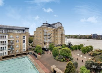 St. Davids Square, London E14. 2 bed flat for sale