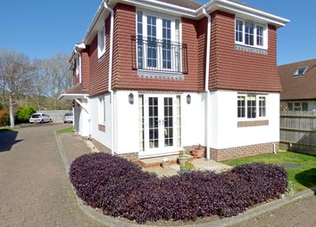 Carnot Close, Bognor Regis, West Sussex PO21. 2 bed flat for sale