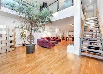 Thumbnail 1 bedroom flat for sale in Fairfield Road, London