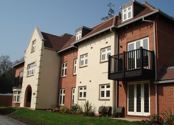 Thumbnail 2 bed flat for sale in Stuart House, Highcroft Road, Winchester