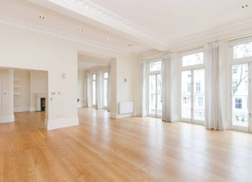 Thumbnail 4 bedroom flat to rent in Queens Gate, South Kensington
