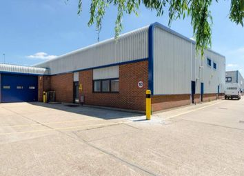 Thumbnail Warehouse to let in Unit 1 Station Industrial Estate, Wokingham
