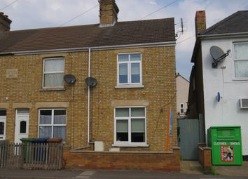St. Peters Road, March PE15. 3 bed end terrace house
