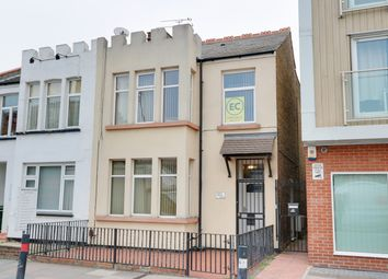 Thumbnail 3 bedroom flat for sale in London Road, Westcliff-On-Sea, Essex