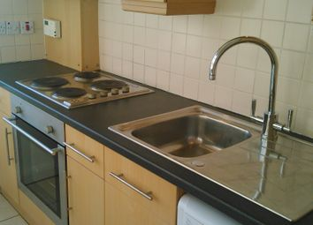 Thumbnail 1 bedroom flat to rent in Alexandra Road, Farnborough