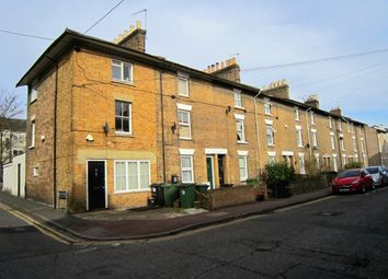 Thumbnail 2 bed flat to rent in Marsham Street, Maidstone
