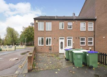 Thumbnail 3 bed property to rent in Fieldfare Road, London