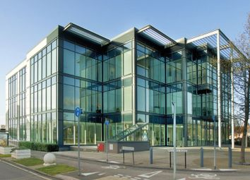 Thumbnail Office to let in Western Road, Bracknell