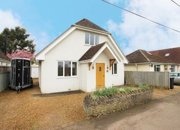 Thumbnail 5 bed detached bungalow to rent in Lansdowne Road, Dry Sandford, Abingdon