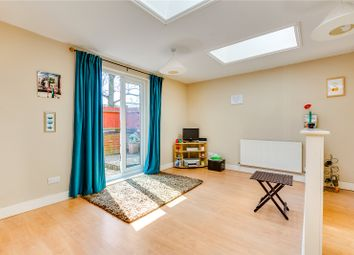 Thumbnail 1 bed flat for sale in Upper Richmond Road West, East Sheen, London