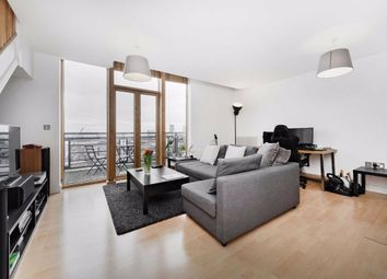 1 bed flat for sale in Hanover Avenue, London E16