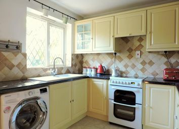 Thumbnail 2 bed bungalow to rent in Grove Road, Fareham