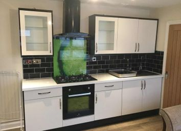 2 bed flat to rent in Tudor Street, Cardiff CF11