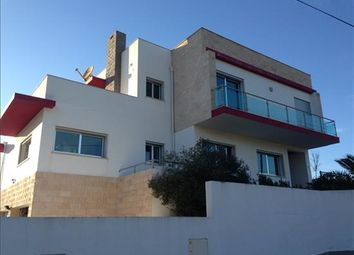 Thumbnail 5 bed detached house for sale in Porto Dinheiro, Lisboa, Portugal
