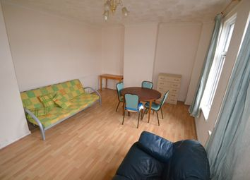 Thumbnail 1 bed flat to rent in Richards Terrace, Roath, Cardiff