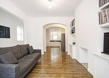 Thumbnail 2 bed flat to rent in Malvern Road, London Fields