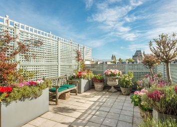 Thumbnail 3 bed flat for sale in Queen's Gate Gardens, South Kensington, London