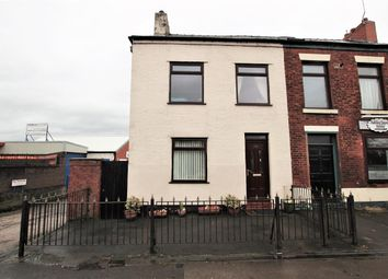 Thumbnail 4 bed town house to rent in Victoria Road, Walton-Le-Dale, Preston