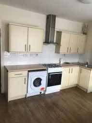 2 bed flat to rent in Calderwood Street, London SE18