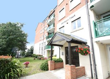 Montague Court, Hamlet Court Road, Westcliff-On-Sea, Essex SS0. 2 bed flat