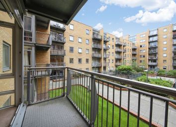 Thumbnail 1 bed flat for sale in Cassilis Road, Canary Wharf, London -