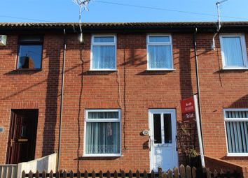 Thumbnail 2 bedroom terraced house to rent in Parliament Street, Newark