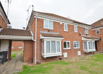 Thumbnail 1 bedroom detached house for sale in Milverton Green, Luton