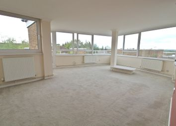 Thumbnail 2 bed flat to rent in Fairlawn Oathall Road, Haywards Heath