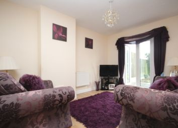 Thumbnail 2 bed property to rent in Goldings Crescent, Basildon
