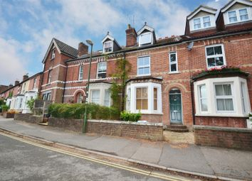 Thumbnail 1 bed flat for sale in Green Hedges Avenue, East Grinstead