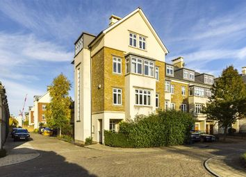 Thumbnail 5 bed property to rent in Whitcome Mews, Kew, Richmond