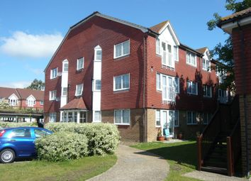 1 bed flat to rent in Tuscany Gardens, Crawley RH10