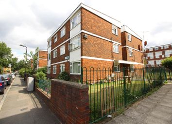 Thumbnail 1 bedroom flat to rent in Weymouth Terrace, London