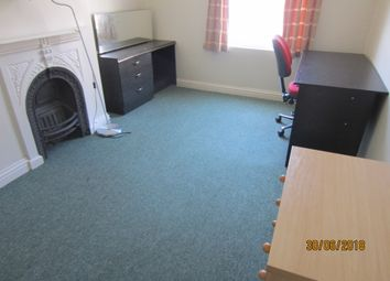Thumbnail 6 bed terraced house to rent in St Vincents Road, Clifton