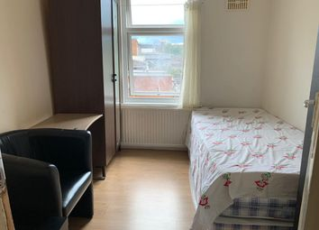Thumbnail Room to rent in Jephson Road, London