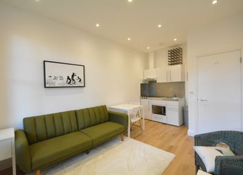 1 bed flat to rent in Queens Club Terrace, Normand Road, London W14