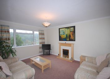 Thumbnail 2 bed flat to rent in Commonwealth Road, Caterham