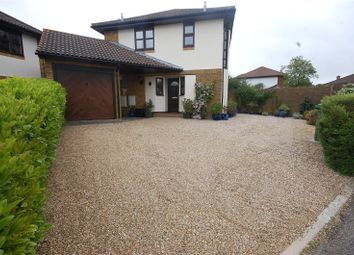 Thumbnail Detached house for sale in Wheatfield Way, Langdon Hills, Essex