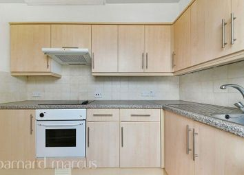 Thumbnail Flat to rent in Dunheved Road West, Thornton Heath