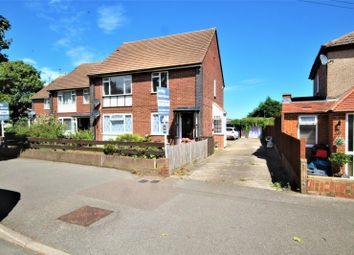 2 bed maisonette for sale in Balmoral Drive, Hayes, Middlesex UB4