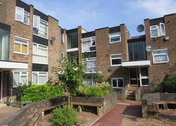 Thumbnail 1 bed flat to rent in Showfields Road, Tunbridge Wells